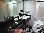 プーケット プーケットタウンのホテル : ザ メトロポール ホテル プーケット(The Metropole Hotel Phuket)のジュニア スイートルームの設備 Bath Room