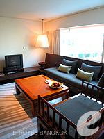 バンコク シーロム・サトーン周辺のホテル : コモ メトロポリタン バンコク(COMO Metropolitan Bangkok)のメトロポリタン ルームルームの設備 Living Area