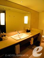 バンコク シーロム・サトーン周辺のホテル : コモ メトロポリタン バンコク(COMO Metropolitan Bangkok)のメトロポリタン ルームルームの設備 Bath Room