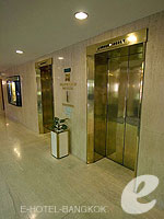 Lifts / The Montien Hotel Bangkok, ศาลาแดง