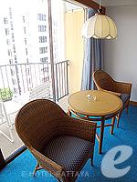 パタヤ ノースパタヤのホテル : ザ インペリアル パタヤ ホテル(The Imperial Pattaya Hotel)のスーペリア ルームルームの設備 Sitting Area