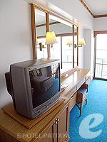 パタヤ ノースパタヤのホテル : ザ インペリアル パタヤ ホテル(The Imperial Pattaya Hotel)のスーペリア ルームルームの設備 TV & Writing Desk