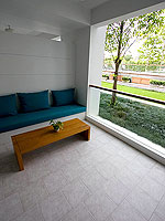 プーケット パトンビーチのホテル : ザ ナップ パトン(The Nap Patong)のデイ ドリーム デラックスルームの設備 Balcony