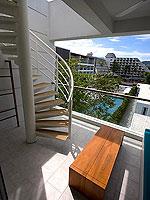 プーケット パトンビーチのホテル : ザ ナップ パトン(The Nap Patong)のプルンジ プール デイドリーム デラックスルームの設備 Balcony