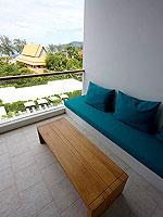 プーケット パトンビーチのホテル : ザ ナップ パトン(The Nap Patong)のブルー ムーン スイートルームの設備 Balcony