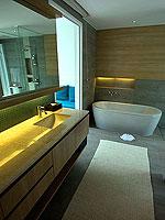 プーケット パトンビーチのホテル : ザ ナップ パトン(The Nap Patong)のシグネチャー プールヴィラルームの設備 Bath Room