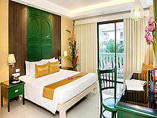 プーケット キッズルームありのホテル : ザ オールド プーケット カロン ビーチ リゾート(1)のお部屋「デラックス / シノウイング」