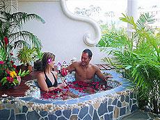 プーケット キッズルームありのホテル : ザ オールド プーケット カロン ビーチ リゾート(1)のお部屋「スパ デラックス / シノウイング」