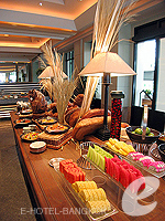 Buffet Restaurant / The Peninsula Bangkok, ริมแม่น้ำ