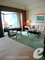 バンコク チャオプラヤー川周辺のホテル : ザ ペニンシュラ バンコク(The Peninsula Bangkok)のデラックスルームの設備 Bedroom