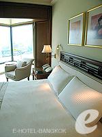 バンコク チャオプラヤー川周辺のホテル : ザ ペニンシュラ バンコク(The Peninsula Bangkok)のデラックス スイートルームの設備 Bedroom