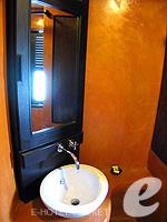 プーケット 5,000円以下のホテル : ザ プーリン リゾート(The Phulin Resort)のStandardルームの設備 Bathroom