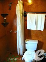 プーケット カロンビーチのホテル : ザ プーリン リゾート(The Phulin Resort)のStandardルームの設備 Bathroom