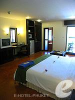 プーケット カロンビーチのホテル : ザ プーリン リゾート(The Phulin Resort)のデラックスルームの設備 Bedroom