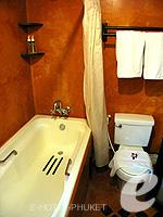 プーケット カロンビーチのホテル : ザ プーリン リゾート(The Phulin Resort)のデラックスルームの設備 Bathroom