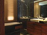 プーケット スリンビーチのホテル : ザ クウォーター プーケット リゾート(The Quarter Phuket Resort)のラグジュアリー プール スイートルームの設備 Bath Room