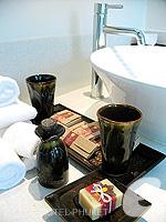 プーケット その他・離島のホテル : ザ ラチャ(The Racha)のデラックス ヴィラルームの設備 Bath Room