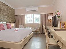バンコク シーロム・サトーン周辺のホテル : ザ ラヤ スラウォング バンコク(The Raya Surawong Bangkok)のお部屋「スーペリア ダブル」