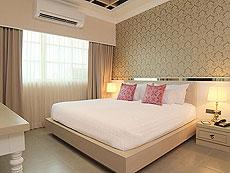 バンコク シーロム・サトーン周辺のホテル : ザ ラヤ スラウォング バンコク(The Raya Surawong Bangkok)のお部屋「デラックス ダブル」