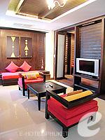プーケット パトンビーチのホテル : ザ ロイヤル パーム ビーチフロント(The Royal Palm Beach Front)のスイートルームの設備 Bedroom