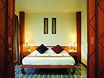 プーケット ファミリー&グループのホテル : ザ ロイヤル パラダイス ホテル & スパ(The Royal Paradise Hotel & Spa)のロイヤル エグゼクティブ スイートルームの設備 Bedroom