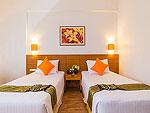 プーケット ファミリー&グループのホテル : ザ ロイヤル パラダイス ホテル & スパ(The Royal Paradise Hotel & Spa)のパラダイス スーパー スーペリア (ツイン)ルームの設備 Bedroom