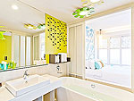 プーケット スパ併設のホテル : ザ サンズ カオ ラック(The Sands Khao Lak)のファミリールームの設備 Bath Room