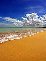White Sand Beach / The Sarojin, เขาหลัก
