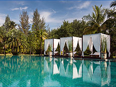 Hotels in Phuket / The Sarojin