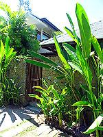 プーケット カオラックのホテル : ザ サロジン(The Sarojin)のプール レジデンスルームの設備 Entrance