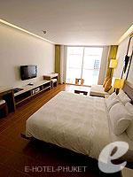 プーケット インターネット接続(無料)のホテル : ザ シー パトン(The Sea Patong)のスーペリアルームの設備 Bedroom