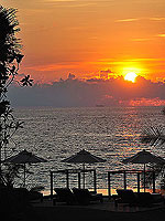 Sunset : The Shore at Katathani, Kata Beach, Phuket