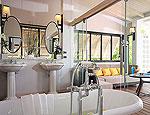 プーケット 2ベッドルームのホテル : ザ ショア アット カタタニ リゾート(The Shore at Katathani)のプールヴィラルームの設備 Bath Room