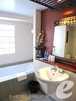 バンコク シーロム・サトーン周辺のホテル : ザ サイアム ヘリテージ(The Siam Heritage)のエグゼクティブ スイートルームの設備 Bath Room