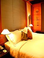 バンコク シーロム・サトーン周辺のホテル : ザ スコータイ バンコク(The Sukhothai Bangkok)のガーデン スイートルームの設備 Bedroom