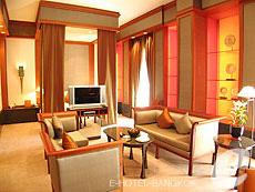 バンコク シーロム・サトーン周辺のホテル : ザ スコータイ バンコク(The Sukhothai Bangkok)のお部屋「ガーデン スイート」