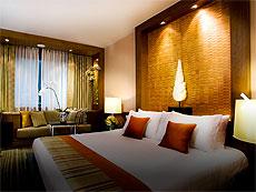 バンコク サイアム・プラトゥーナムのホテル : ザ スコーソン(The Sukosol)のお部屋「デラックス」