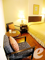 バンコク シーロム・サトーン周辺のホテル : ザ サンライズ レジデンス サラデーン(The Sunrise Residence Saladaeng)のダブルベット スタジオルームの設備 Relax Area