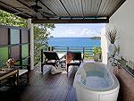サムイ島 チョンモーンビーチのホテル : ザ トンサイ ベイ(The Tongsai Bay)のシーフロント コテージルームの設備 Balcony