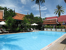 The White House Beach Resort & Spa, Choengmon Beach, Phuket