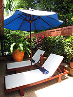 サムイ島 チョンモーンビーチのホテル : ザ ホワイト ハウス ビーチリゾート アンド スパ(The White House Beach Resort & Spa)の チョンドゥアン/チョンダオ スイートルームの設備 Chair