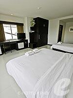 クラビ クラビタウンのホテル : ザ ホワイト パール ホテル(The White Pearl Hotel)のデラックスルームの設備 Bedroom