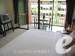 プーケット カオラックのホテル : トニー ロッジ(Tony Lodge)のスタンダード ルームルームの設備 Bedroom Double Bed