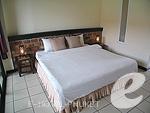 プーケット 5,000円以下のホテル : トニー ロッジ(Tony Lodge)のスタンダード ルームルームの設備 Bedroom Double Bed