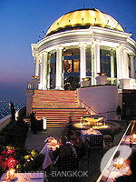 Roof Top Restaurants / Tower Club at lebua,