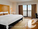 バンコク カップル&ハネムーンのホテル : タワー クラブ アット ルブア(Tower Club at lebua)のタワークラブシティービュースイートルームの設備 Room View
