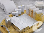 Bath Amenities : Tower Club City View Suite (สีลม สาธร) โรงแรมในกรุงเทพฯ, ประเทศไทย