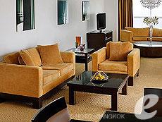 バンコク カップル&ハネムーンのホテル : タワー クラブ アット ルブア(Tower Club at lebua)のお部屋「ラグジュアリー スイート 2ベッドルーム」