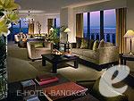 バンコク カップル&ハネムーンのホテル : タワー クラブ アット ルブア(Tower Club at lebua)のルブア スイート3ベッドルームルームの設備 Living Room