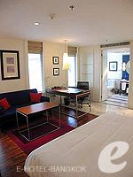 バンコク シーロム・サトーン周辺のホテル : トリプル トゥー シーロム(Triple Two Silom)のデラックス(シングル)ルームの設備 Bedroom